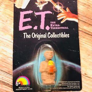 Vintage 1982 E.T. Figure ❤️⭐️